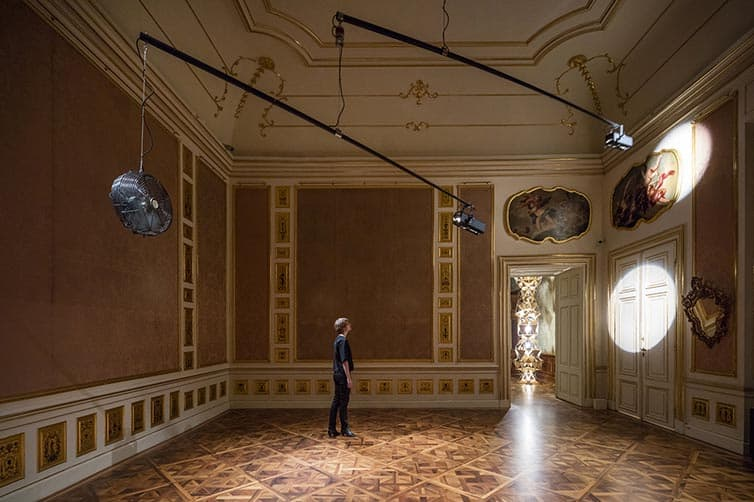 Olafur Eliasson - Lights and Mirrors - Viennese Palace 04