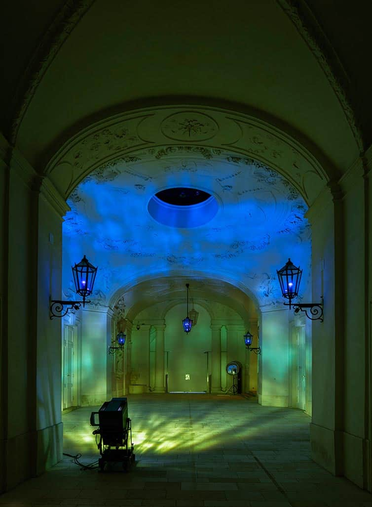 Olafur Eliasson - Lights and Mirrors - Viennese Palace 07