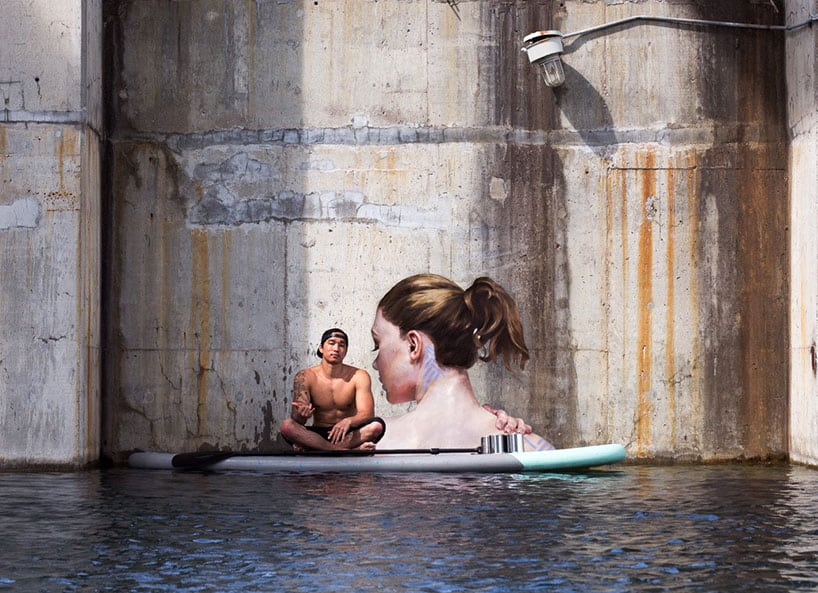 Hyper-realistic Bathing Ladies Street Art by Hula 2