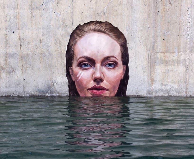 Hyper-realistic Bathing Ladies Street Art by Hula 9