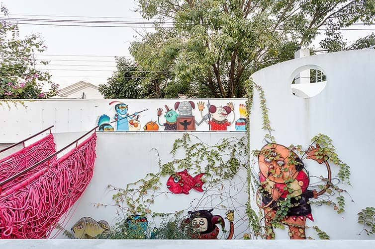 Grown-up Playhouse - Street Art - Street Art Haven - Sao Paulo 08