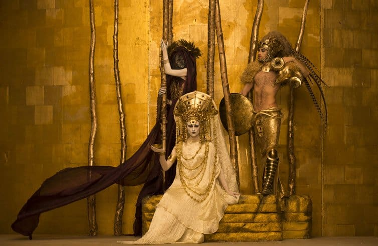 Inge Prader - Photographer Recreates - Gustav Klimt 01