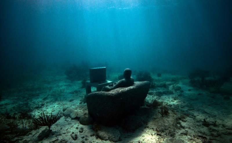 Jason de Caires - Underwater Sculptor 13