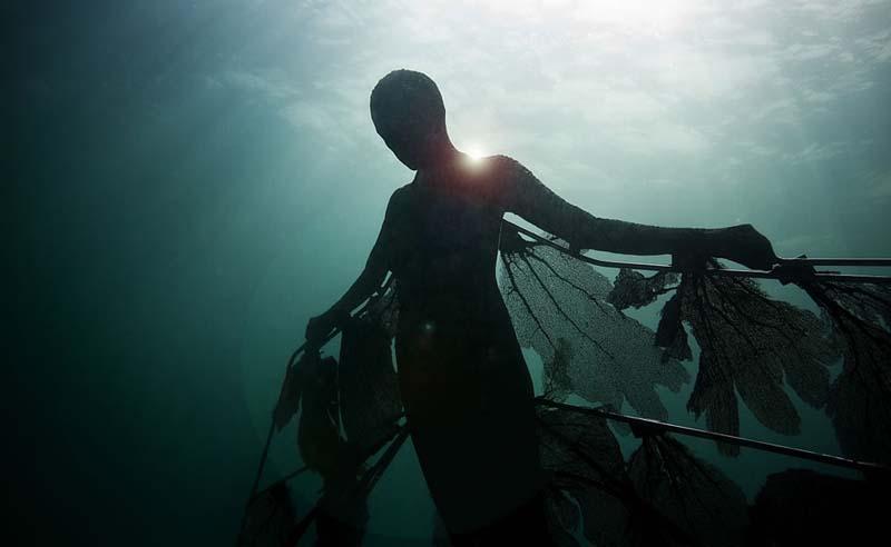 Jason de Caires - Underwater Sculptor 14
