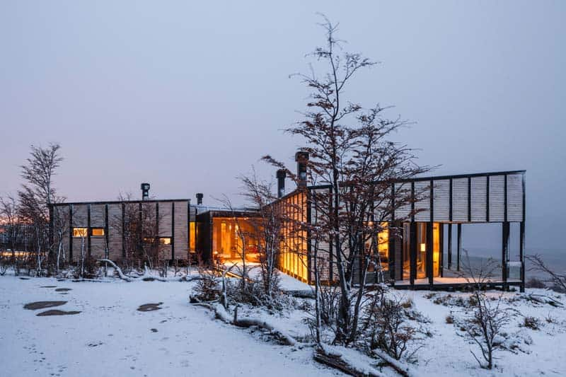 Patagonia Minimalist Chalets - Felipe Assadi - Architects 03
