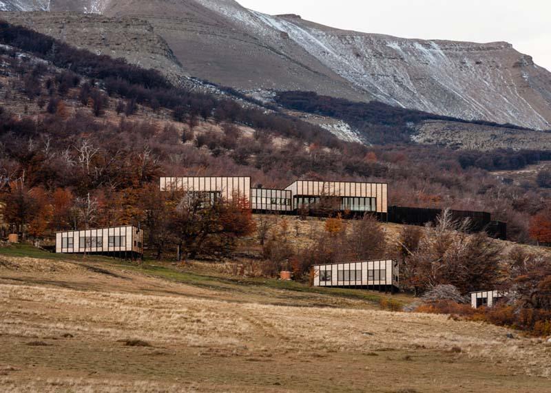 Patagonia Minimalist Chalets - Felipe Assadi - Architects 05