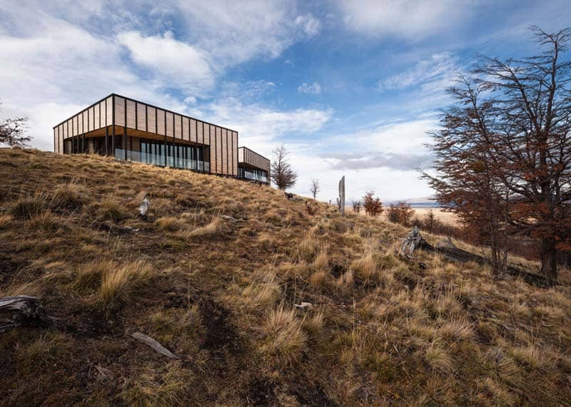 Patagonia Minimalist Chalets - Felipe Assadi - Architects 12
