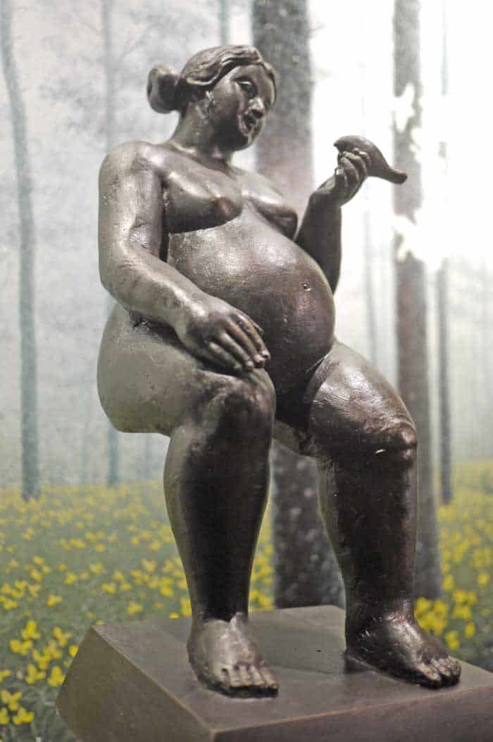 Sculptures for sale - Ath - Sitting Lady - Lady 34 - 18 x 15 x 42 - 6-5
