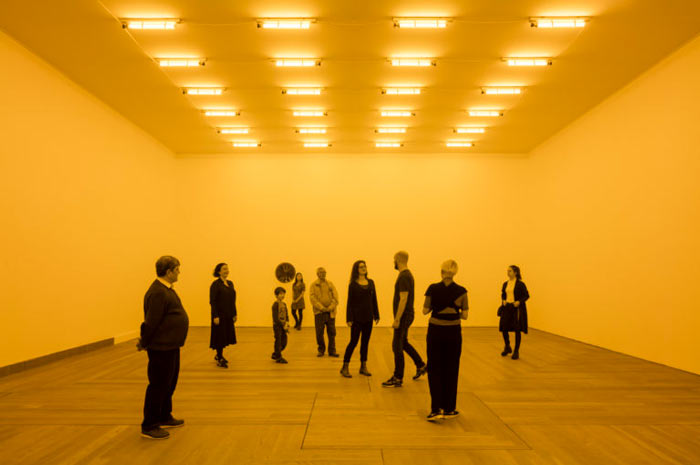 National Gallery Singapore - ArtScience Museum - Minimalism - Space - Light - Object - Olafur Eliasson - Room for one colour